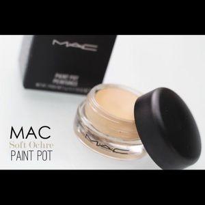 Mac paint pot soft ochre new in box